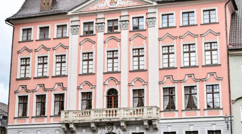 Fassade des Hermansbaus, der das Stadtmuseum beherbergt
